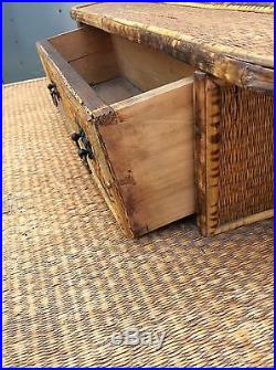 19th CENTURY VICTORIAN ENGLISH BAMBOO AND SEA GRASS DRESSER WITH MIRROR