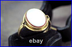 ANTIQUE VICTORIAN ENGLISH 9K GOLD SARDONYX HARDSTONE SEAL SIGNET RING c1870