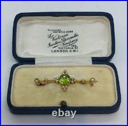 Antique English Victorian 15ct Yellow Gold Peridot Seed Pearl Pin & Original Box