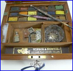 Antique English Winsor and Newton Artist's Watercolour / Paint Box c. 1885
