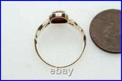 Antique MID Victorian English 9k Gold Carved Sardonyx Shield Signet Ring