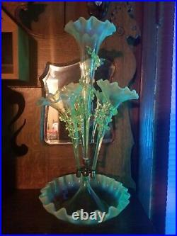 Antique STOURBRIDGE Vaseline Victorian English Glass Epergne Centerpiece 4-Horn