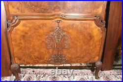 English Antique Victorian Burled Walnut Twin Size Bed Bedroom Furniture