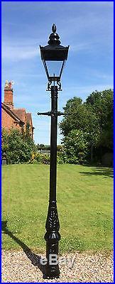 English street light Cast Iron Lamp Post 3.3 m tall & Black Victorian lantern