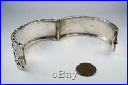 LOVELY ANTIQUE VICTORIAN PERIOD ENGLISH STERLING SILVER FLORAL BANGLE c1883